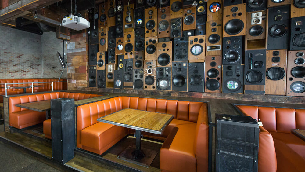 hi-fi-booths-old-town-scottsdale